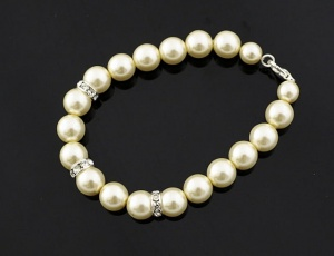 Bracelet pearl with ornaments 12 mm