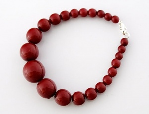 Bracelet red graded 6 mm