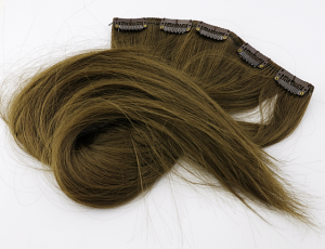 Hairclip - fake hair (5 strands)