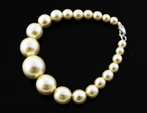 Bracelet pearl graded 6 mm