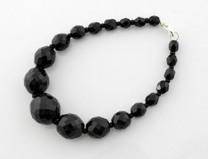 Bracelet black grinded/graded 6 mm