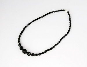 Neklace 50 cm/5 mm - graded