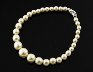 Bracelet pearl graded 5 mm