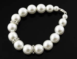 Bracelet pearl with ornaments 14 mm